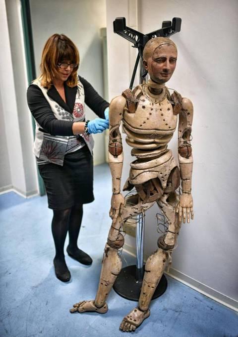 Il robot francese del 1700 al museo delle arti e for Tradizioni di roma
