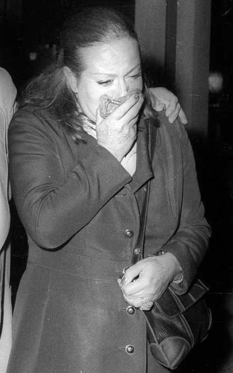 Favorito Marisa Merlini al funerale di Anna Magnani - Il Messaggero.it EC25
