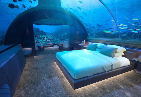 Dormire sotto al mare delle Maldive: ecco quanto costa il resort da ...