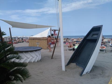 Spiaggia fascista a sottomarina di chioggia il - Bagno punta canna sottomarina ...