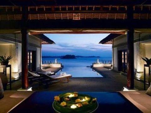 Un tuffo dal letto le camere con piscina pi belle del mondo - Hotel con piscina privata grecia ...