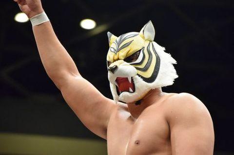 Wrestling il giappone è in delirio: sul ring è tornato luomo tigre
