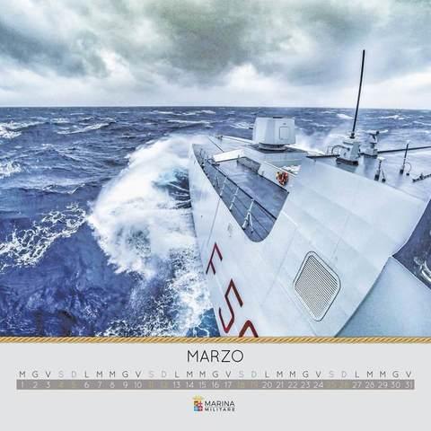 Calendario Marina Militare 2019.Marina Militare Ecco Il Calendario 2017 Con Gli Scatti Dei