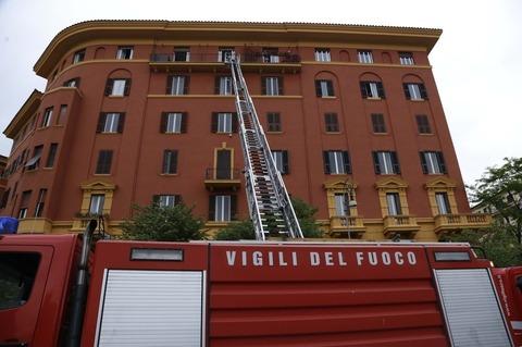 Incendio Nellu0027attico Di Piazza Mazzini (Cecilia Fabiano/Toiati)