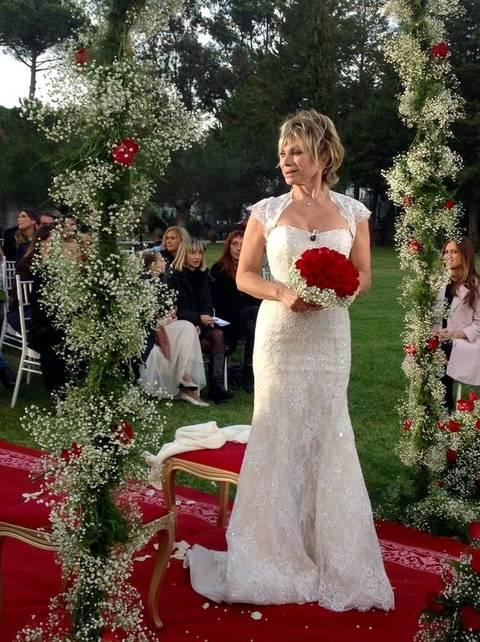 Matrimonio In Russo : Il matrimonio di carmen russo ed enzo paolo turchi