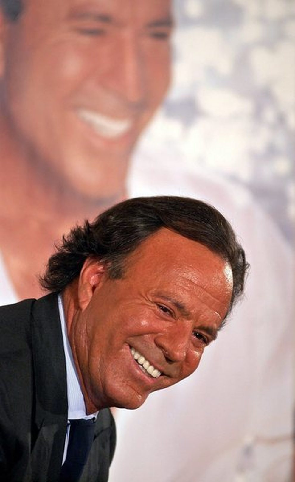 Julio iglesias mette in vendita quattro terreni per 150 for Milioni di dollari piantine