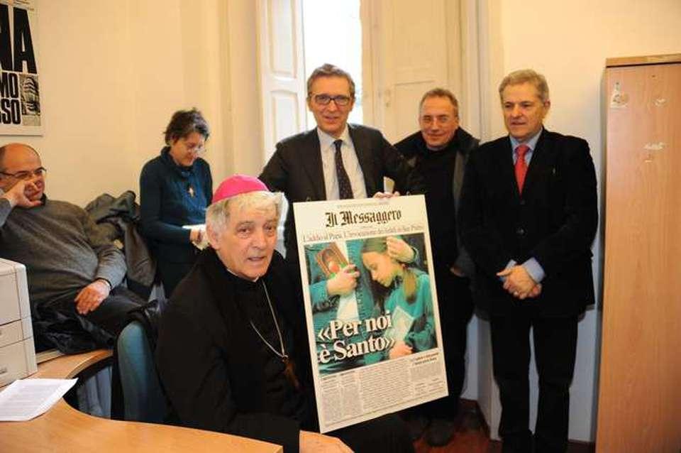 Ancona il cardinale in redazione foto marinelli il for Redazione italia