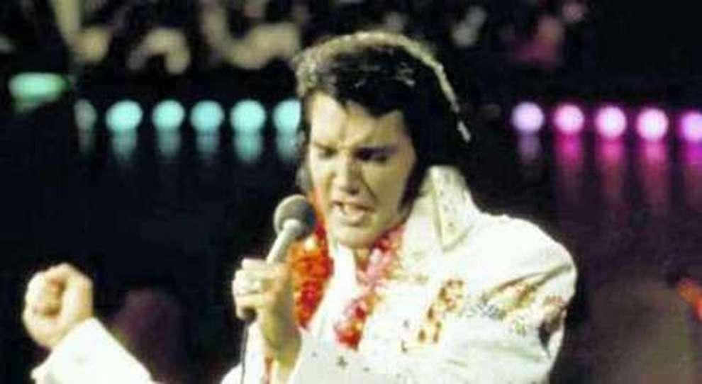 Jet Privato Roma Olbia : Elvis presley in vendita all asta il suo primo jet