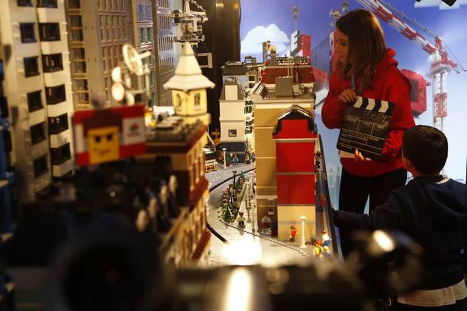 The lego movie studio tour il lancio del film sui lego a - Cinema porta di roma prenotazione ...