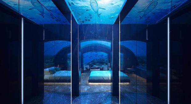 Quanto Costa Una Camera Da Letto Matrimoniale.Dormire Sotto Al Mare Delle Maldive Ecco Quanto Costa Il Resort