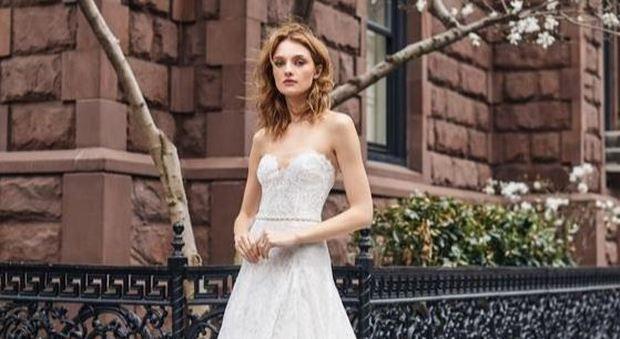 size 40 dc511 583b3 Coloratissimi, corti o a pantalone: ecco gli abiti da sposa ...