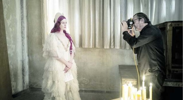 Calendario Ilary Blasi 2020.Calendario Pirelli 2020 Da Emma Watson A Kristen Stewart